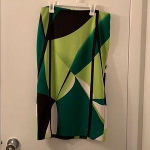"28"" long green geometric Worthington skirt size 4"